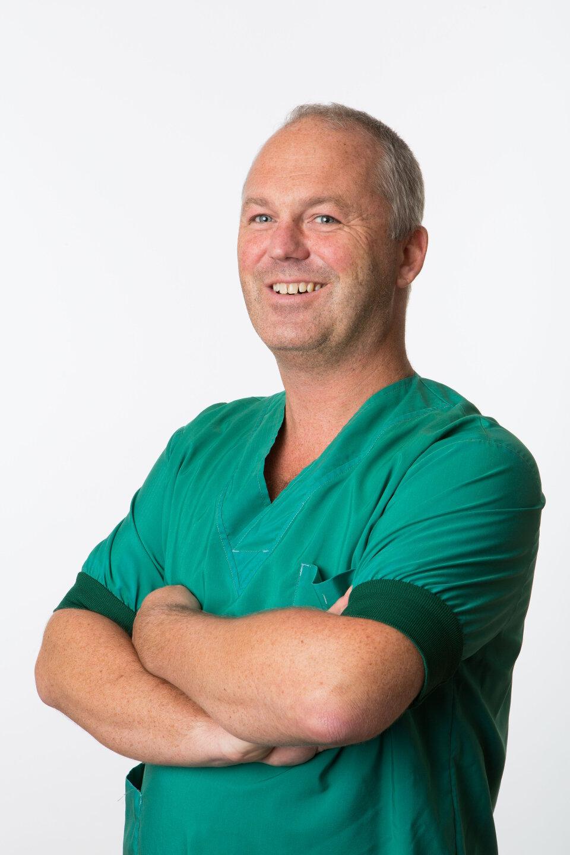 Dr. Geert Peersman